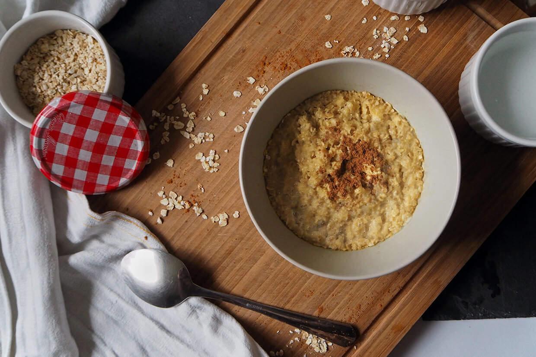 grundrezept f r den perfekten porridge porridge rezepte. Black Bedroom Furniture Sets. Home Design Ideas